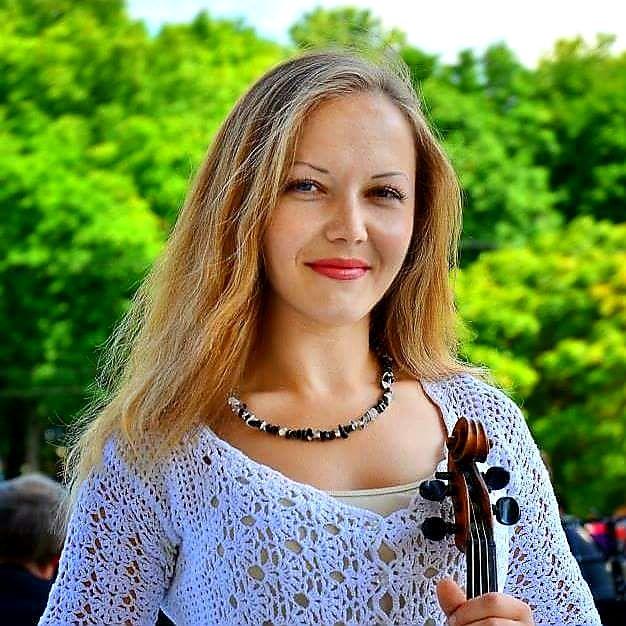 Nadia Violin