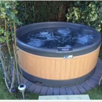Leeds hot tub hire