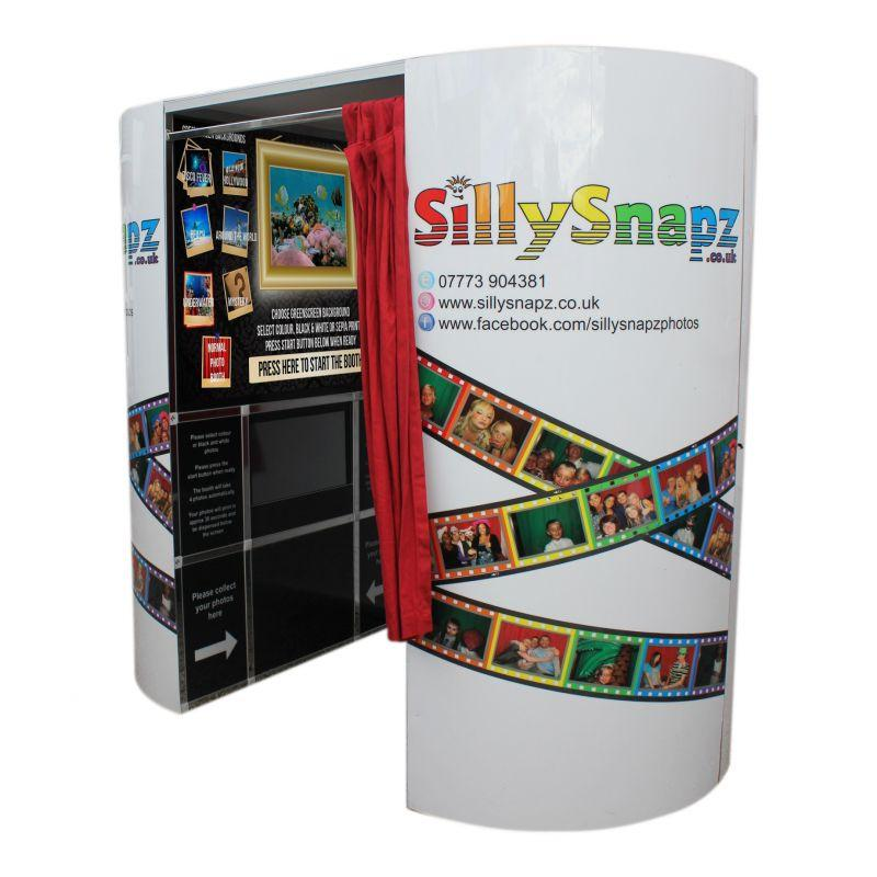 Sillysnapz Photo Booth Hire